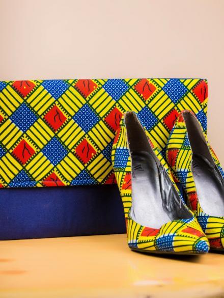 Serwaa Akoto big purse and shoe
